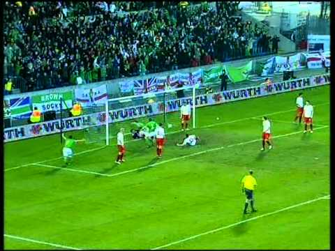 Northern Ireland 3 - 2 Poland - Jonny Evans' goal