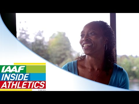 gail-devers-gives-advice-to-fraser-pryce