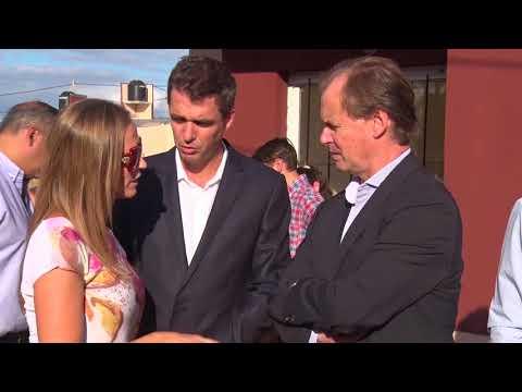 Bordet inauguró 350 viviendas en Concordia