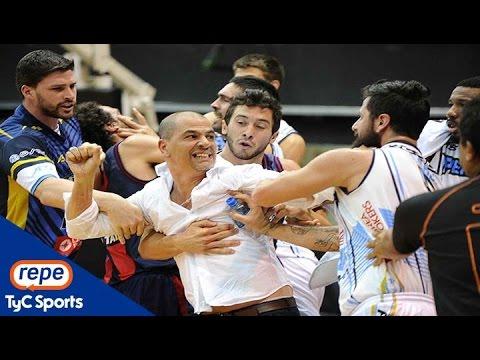 Video: El Oveja Hernández se volvió loco en una pelea en la Liga Nacional
