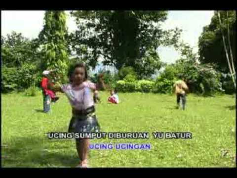 Ucing Sumput - Devi - Pop Sunda Anak-Anak Indonesia - SDN 3 Megawon.flv
