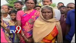 Public reaction to Chinnari bore well death
