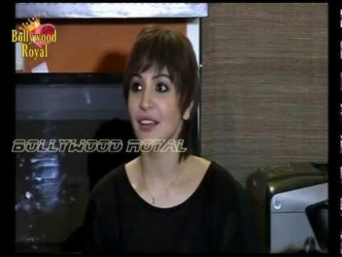 Anushka Sharma At Digital Launch Of 'pk's' 4th Poster   1 video
