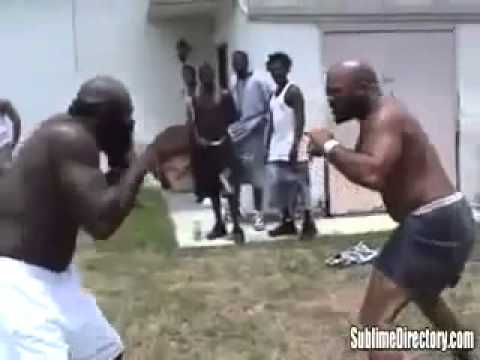 CRAZY FIGHT STREET FIGHTS     KIMBO SLICE vs BIG BIRD  kimbo vs high school bully Image 1