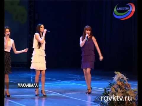 70-летний юбилей отметила педагог и руководитель вокального коллектива «Песни Дагестана»