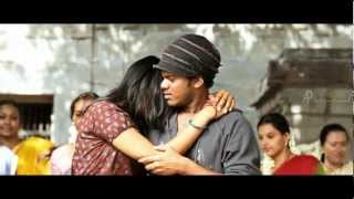 18 Vayasu - 18 Vayasu - Enakkenavey Nee Song