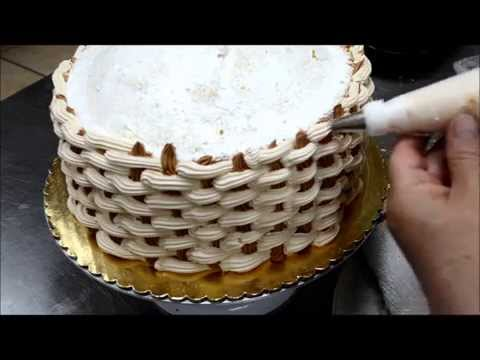 How to Create a Basketweave for Cake Decorations - Flower Basket cake tutorial
