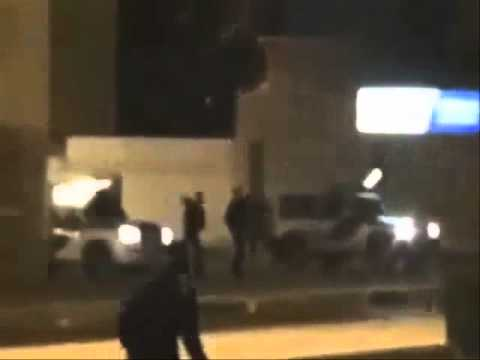 Bahrain shia protesters try to kill the police