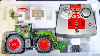 RC tractor gets unboxed and dirty for the first time!