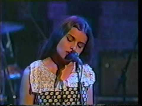 Mazzy Star Live: She Hangs Brightly+Ride it On(+Rude Heckler vs. Hope..Hope wins!),Toronto'94