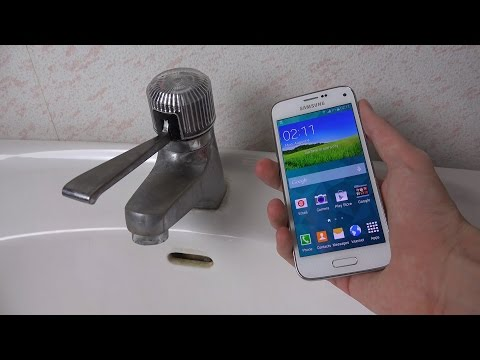 Samsung Galaxy S5 Mini - Water Test (4K)