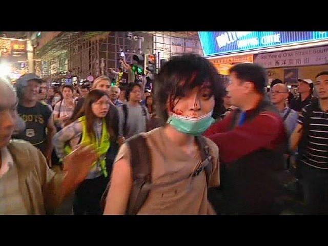 پاکسازی یکی از سه کمپ معترضان در هنگ کنگ و بازداشت بیش از یکصد تن