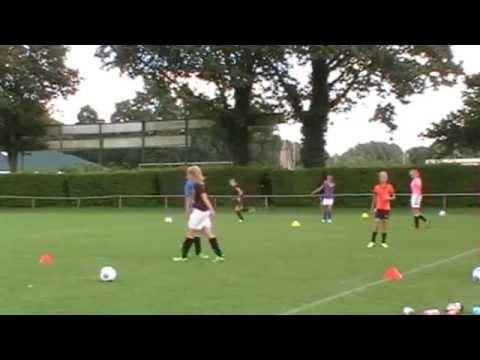 Klaas-Jan Huntelaar Foundation Kunstgrasveldje Sportclub Rekken