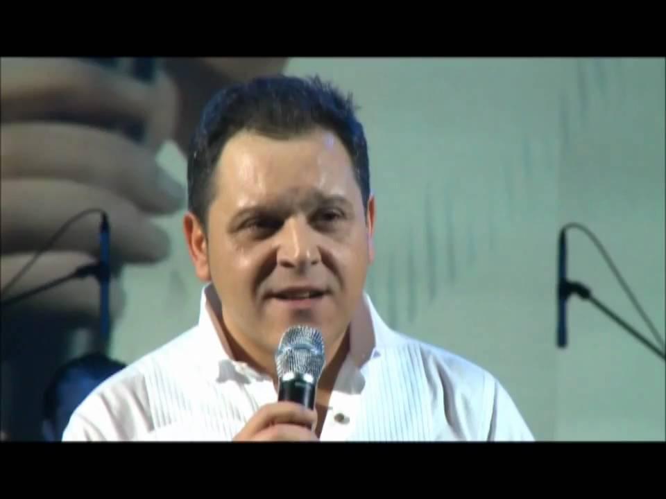 Ovidiu Komornyik - Cand vin acasa (Concert Chisinau) - YouTube