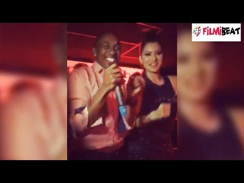 Dwayne Bravo dancing in night club with Bollywood actress, video goes viral
