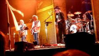 Watch Neil Young Surfer Joe And Moe The Sleaze video