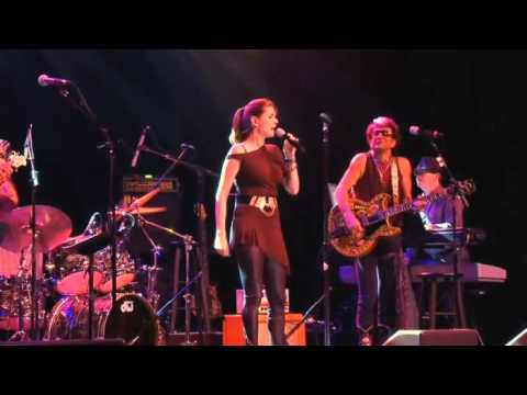 Lisa McClowry - Waiting for You - Live