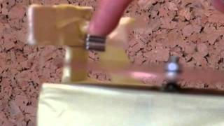 Levitación magnética con imanes permanentes (Magnetic levitation with permanent magnets)