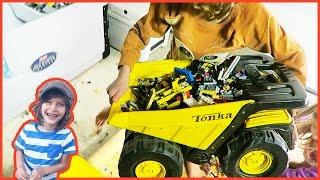 Toy Trucks Clean Up Legos