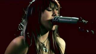Watch Versaemerge American Boy video