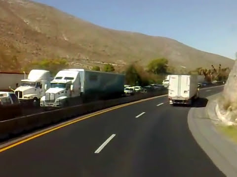 Trancasa 111 de bajada en Los Chorros, Coahuila..mp4