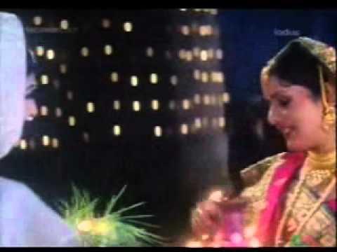 sada suhagan song of super wedding(movie-aanch)