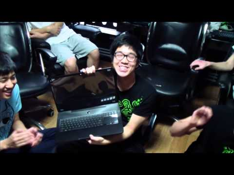 Rewarding Champions - Team Razer members receive Razer Blades
