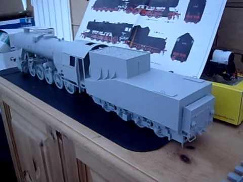 Trumpeter 1/35th scale German BR52 steam loco kit build part 2(studio update July 2012)