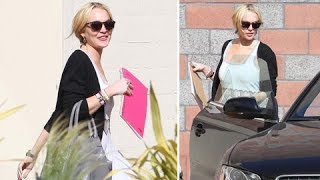 Lindsay Lohan Visiting The Downtown Women