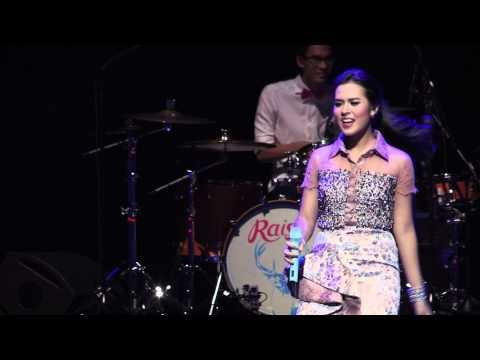 Raisa - Live In Singapore video