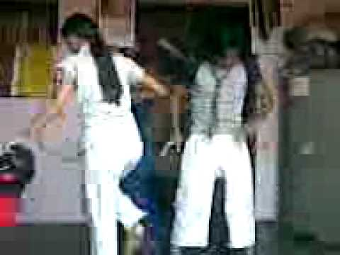 dharmesh sir dance style in micheal jackson