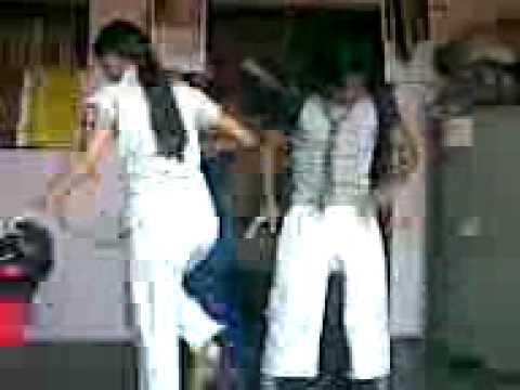 dharmesh sir dance style in micheal jackson