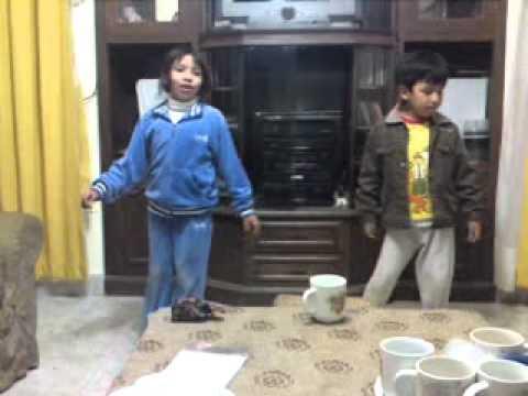El mejor duo de cantantes infantiles Nataly - Alejandrito La mentirosa .MP4