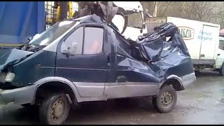 Утилизация автомобилей [Подборка] (2015) - Car recycling [Compilation] (2015)