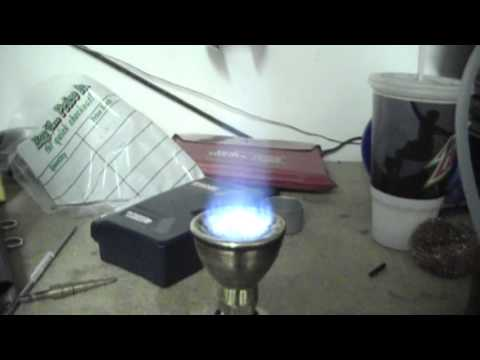 Homemade propane camp stove youtube for Diy camp stove