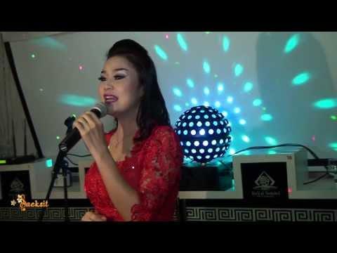Concert Tingnoi Phoyphailin (Paris) ຄອນເສີດ ຕິ່ງໜ່ອຍ