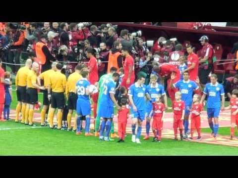 Выход игроков на поле в финале Лиги Европы-2015