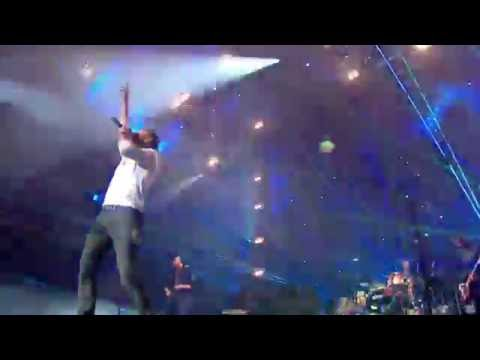 Coldplay - A Sky Full Of Stars live bbc radio 1's big weekend 2016