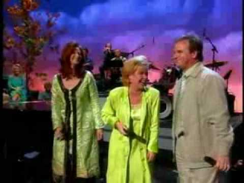 Gaither Homecoming - John Saw - Feat. Jeff and Sherri Easter