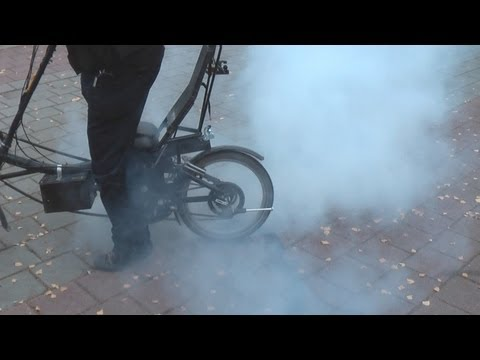 How to ruin a bicycle tire in 2 mins !