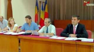 Tecuci - Sedinta extraordinara a Consiliului Local din 24.aug.12 (II)