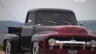 Pickup Ford F-100 V8 Custom com Suspensão a Ar