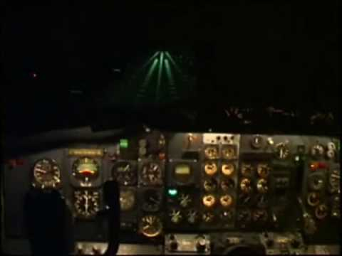 Landing in the 737 full motion cockpit simulator. Dublin Airport