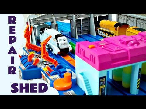 Takara Thomas And Friends Tomy Plarail  ENGINE REPAIR SHED Kids Toy Train Set Thomas The Tank Engine