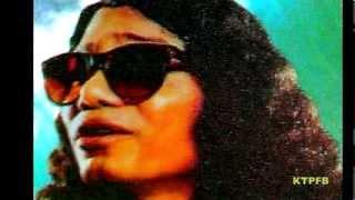 Kari Amir Uddin:  Ridoye Thu Sheri Onol.