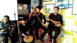Download Lagu VIDEO Grup Musik Yang Mempertahankan Musik Tradisional Kalimantan Gratis STAFABAND