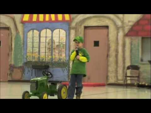 John Deere Kid Singing Big Green Tractor video