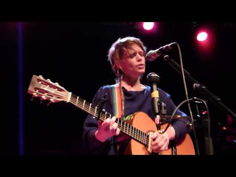 "Wallis Bird - live am 26.1.13 - Centralstation Darmstadt ""A River of Paper"""