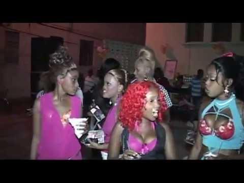 D&G Breast Affair 2012