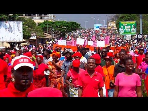 Forte mobilisation rouge à Lomé pour exiger les réformes